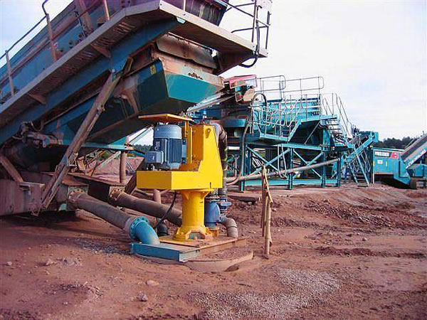 What factors affect the service life of slurry pump ?